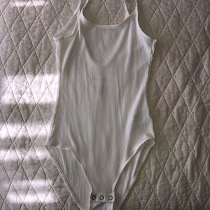 american eagle white body suit